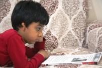 KARAKÖPRÜ - Sağ Kulağı Doğuştan Kapalı Olan Çocuk Tedavi Olmak İstiyor