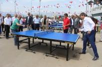 MÜNIR KARALOĞLU - Vali Karaloğlu Ve Başkan Türel Karşılıklı Tenis Oynadı