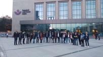 LÜTFİ KIRDAR - Düzce Üniversitesi Türk Müziği Bölümü Öğrencilerinden İstanbul'a Kültür Ziyareti