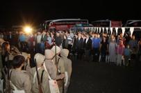 EĞİTİM KOMİSYONU - Ellerine Kına Yakılan Gençler Çanakkale'ye Gönderildi