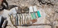 MUTFAK TÜPÜ - Hakkari'de PKK Cephaneliği Bulundu