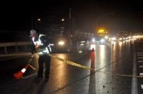 Motosiklet Otomobille Çarpıştı Açıklaması 1 Ölü, 1 Yaralı