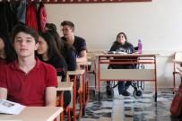 SEREBRAL PALSİ HASTASI - Engeline Aldırmadı Okulun İhtiyaçları İçin Uğraşıyor
