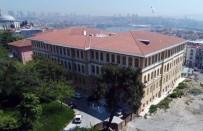DOLMABAHÇE SARAYı - Tarihi Lise Binasında 57 Ülkeden Öğrenci Eğitim Görüyor