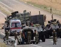 TERÖRİSTLER - Askeri aracın geçişi sırasında patlama: 1 şehit, 1 yaralı