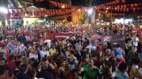 PIR SULTAN ABDAL KÜLTÜR DERNEĞI - Çeşme'de Meşaleli 19 Mayıs Yürüyüşü