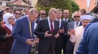 BAKİR İZZETBEGOVİÇ - Erdoğan'dan Kovaçi Şehitliğine Ziyaret