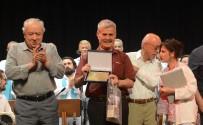 Eski Dikili Belediye Başkanı Osman Özgüven'e Midilli'den 'Barış Ödülü'