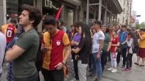 PASSOLİG - Galatasaraylı Taraftarlardan Şampiyonluk Kutlamasına Yoğun İlgi