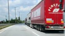 BULGAR - Kapıkule'de 30 Kilometrelik Tır Kuyruğu