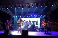 İSMAİL CEM - Kuşadası'nda Pinhani Konseri Ve Gençlik Korteji