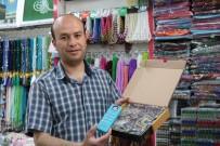 SECCADE - Namaz Elbisesi Ve Namaz Öğreten Seccade Satışlarında Artış