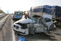 BENGÜ - Otomobil Kamyona Arkadan Çarptı Açıklaması 1 Ölü, 3 Yaralı