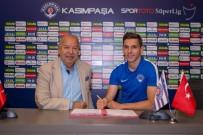 KEMERBURGAZ - Pavelka ile sözleşme yenilendi