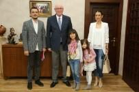 ODUNPAZARI - Satranç Şampiyonu Ecrin Öncel Kazım Kurt'u Ziyaret Etti