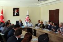 AYVALı - Vali Günaydın Yenişarbademli'de Muhtarlar Toplantısı Düzenledi