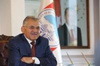 YıLDıZLı - Başkan Dr. Memduh Büyükkılıç, Meksika'da Dünya Şampiyonu Olan Kayserili Sporcuyu Tebrik Etti