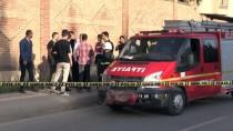 MOTOSİKLET SÜRÜCÜSÜ - Dede Öldü, Torunu Yaralandı