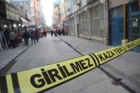 SAĞLIK EKİBİ - Elazığ'da Silahlı Saldırı Açıklaması 3 Yaralı