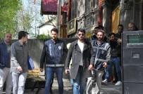 NAMAZ VAKTİ - Kars'ta, Dolandırıcı Çetesi Çökertildi