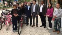 Kaymakam Korkmaz'dan Engelli Öğrencilere Bisiklet Hediyesi