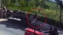 KÜÇÜK KIZ - Küçük Kız Traktörün Kasasından Düştü