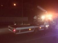 YOL ÇALIŞMASI - Kuşadası'nda Motosiklet Kazası; 2 Yaralı