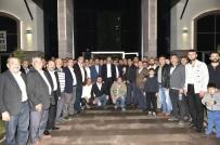 ABDULLAH ÖZER - Mamak Belediye Başkanı Akgül Vatandaşlarla Sahur Yaptı