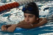YÜZME HAVUZU - Manisa'da Dört Branşta Yaz Spor Okulu