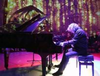 MURAT AYDEMIR - Besteci ve piyanist Tuluyhan Uğurlu: Sanatın birleştirici gücü devreye girmeli
