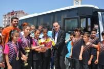 MILLI EĞITIM BAKANLıĞı - Selendili Öğrenciler Badminton'da Türkiye Şampiyonu Oldu