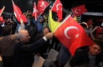 MURAT ZORLUOĞLU - Vali Zorluoğlu, Final Maçını Vatandaşlarla Birlikte İzledi