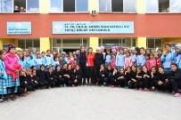 TÜRKIYE MILLI OLIMPIYAT KOMITESI - Yatılı Bölge Okulu Öğrencileri Yeni Eşofmanlarına Kavuştu