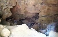 KAÇAK KAZI - Yıllarca Türbe Sanılarak Adaklar Adanan Ve Dilekler Tutulan Mezar Yunanlı Boksör Diagoras'a Ait Çıktı