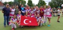 AVRUPA - Avrupa Şampiyonu Hokeyciler Kupalarıyla Yurda Dönüyor