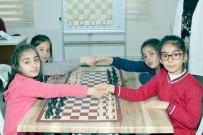 EĞİTİM DÖNEMİ - Çankaya'da Satranç Turnuvası