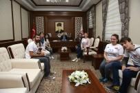 Erasmus Değişim Programı Öğrencileri Vali Ali Hamza Pehlivan'ı Ziyaret Etti