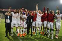 MENEMEN BELEDİYESPOR - Gazişehir Gaziantep, Ulusal Kulüp Lisansı Aldı