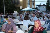 11 AYıN SULTANı - Germencik Belediyesi Her Gün Farklı Bir Mahallede İftar Veriyor