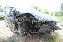 ÇAVUŞKÖY - Tekirdağ'da Trafik Kazası Açıklaması 1'İ Ağır 2 Yaralı