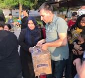 YUNUS EMRE - Ülkücülerden İhtiyaç Sahibi Ailelere Ramazan Yardımı