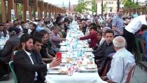 AHMET AKıN - Vatandaşlar İle Mülteciler 'İyilik Sofrası'nda Buluştu