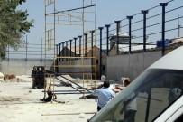 İBRAHIM DEMIR - Adana'da Plastik Fabrikasında Çatı Yaparken Akıma Kapılan 2 İşçi Öldü, 1 İşçi Yaralandı