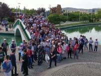 BOZÜYÜK BELEDİYESİ - Bozüyük'te 3 Bin Öğrenci Ecdadıyla Buluştu