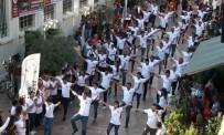 İZMIR MARŞı - Gençlik Haftası'nda Efeler Belediyesi'nden Anlamlı Klip