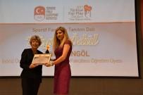 TÜRKIYE MILLI OLIMPIYAT KOMITESI - Hülya Berktaş Bingöl'e Olimpiyat Ödülü