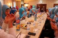 MEHMET YıLDıRıM - Müslüman Kazak Kızlarının Kur'an Aşkı