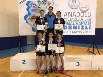 FINAL HAFTASı - Osmangazili Raketlerde Şampiyonluk Sevinci