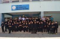 TÜRKIYE MILLI OLIMPIYAT KOMITESI - Adana'daki Yatılı Bölge Ortaokullarının Spor Eşofmanları Yenilendi