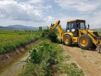 KıLıÇKAYA - Develi'de Mahallelerinde Yol Ve Çevre Düzenleme Çalışmaları Devam Ediyor
